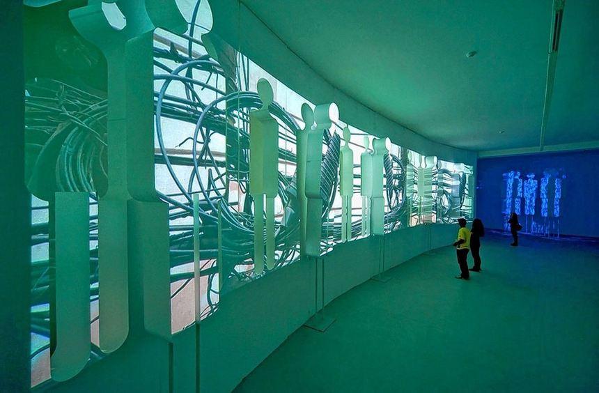"""In der Ausstellung """"Movimientos"""" (""""Bewegungen"""") werden die zweidimensionalen Videoprojektionen ..."""