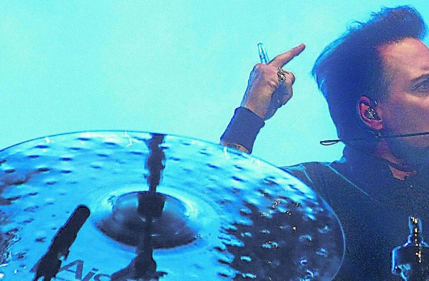 Dirk Albert Felsenheimer alias Bela B sorgt mit seinem unverwechselbaren Shuffle-Schlagzeug für das ...