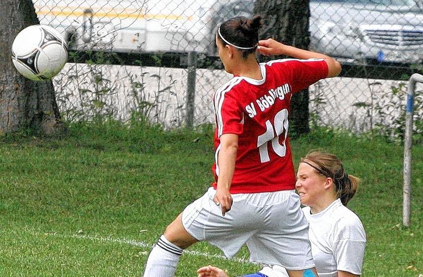 Mit einem 2:2-Unentschieden trennten sich im letzten Saisonspiel die Fußballfrauen des VfB Bad ...
