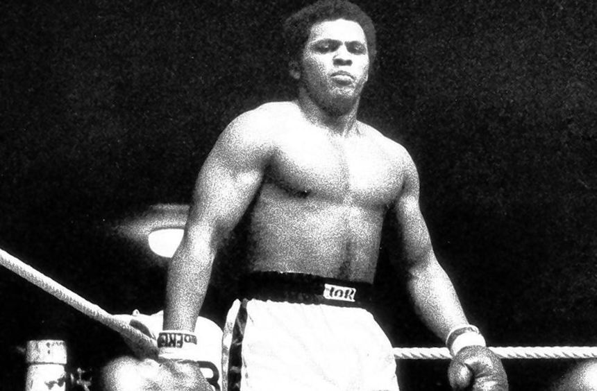 Der Ali vom Waldhof, so nannten viele Charly Graf, hier als Sieger im Ring nach einem Kampf im Jahr ...
