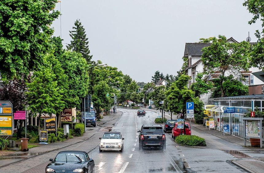 Bald Sperrgebiet: Ab Mittag August soll die B 3 in Bensheim zwischen Bachgasse und Kirchbergstraße ...