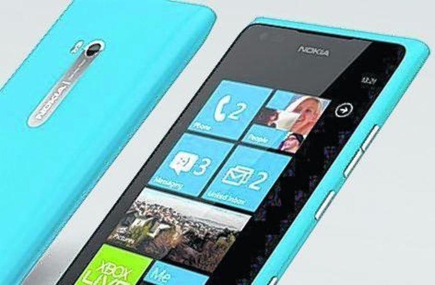 Das Lumia 900 soll dem kriselnden Nokia-Konzern auf die Beine helfen.