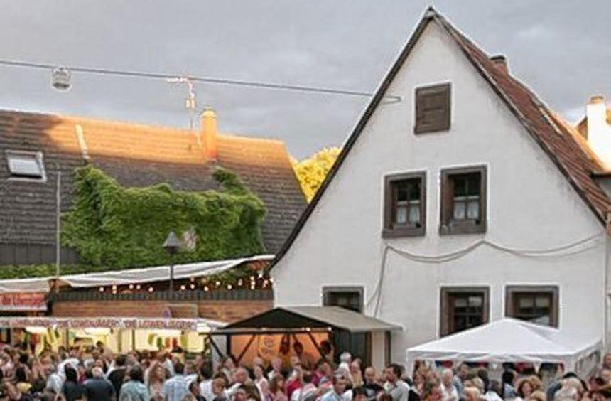 Straßenfeste (hier in Käfertal) bleiben gebührenpflichtig.