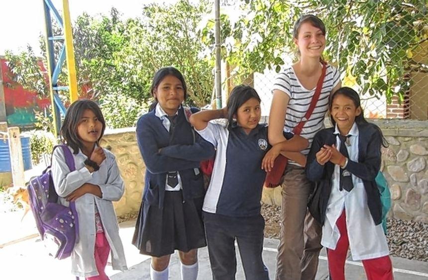 """Carina Ade arbeitet seit August 2011 in der bolivianischen Wohngemeinschaft """"Tres Soles"""" mit jungen ..."""
