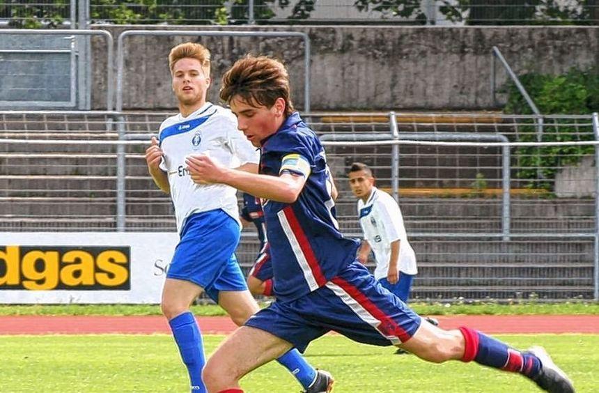 Meistens im Vorwärtsgang präsentierten sich die A-Junioren des FSV Hollenbach im letzten ...