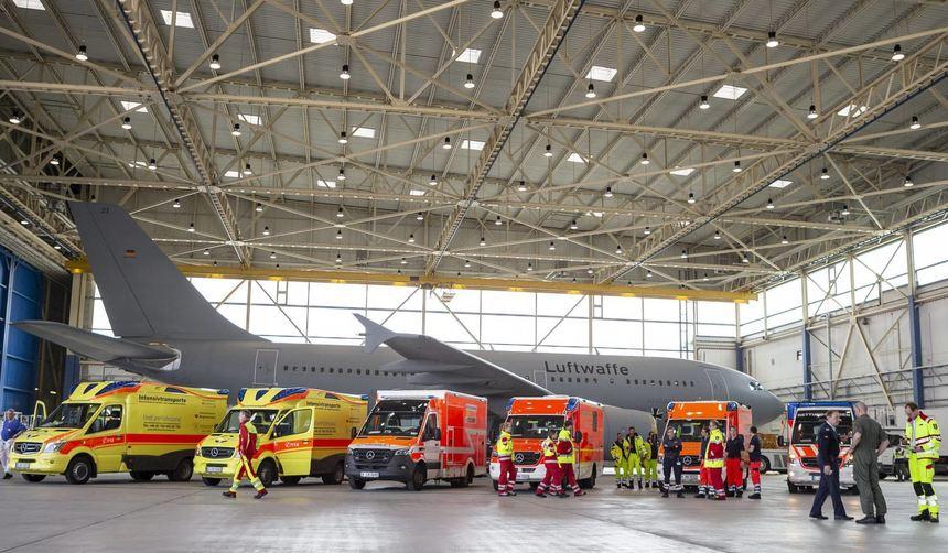 Летательный аппарат интенсивной терапии Airbus A310 MedEvac доставил пациентов в ФРГ.© dpa