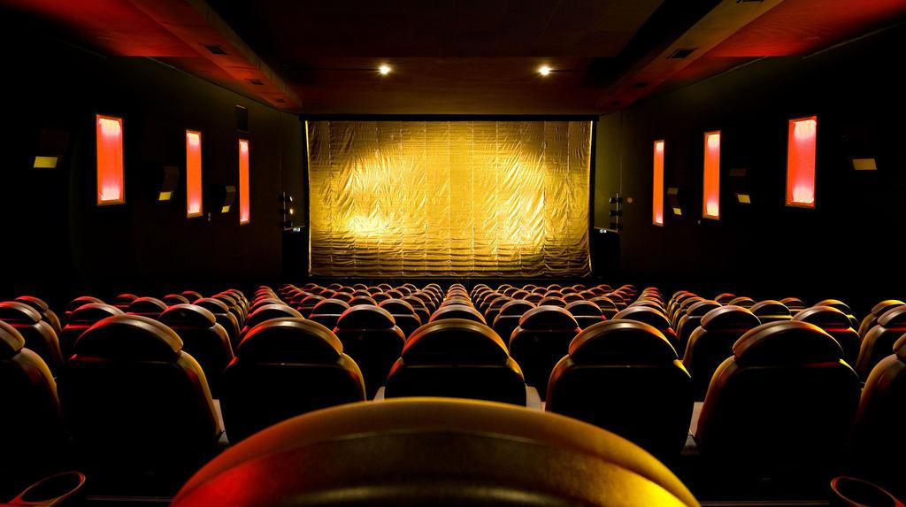 Kino binokel mannheim Binokel (Cafés