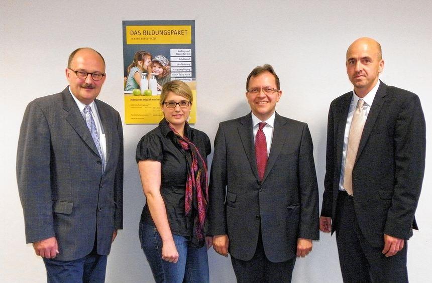Bundestagsabgeordneter Dr. Michael Meister, Christina Stoll von Neue Wege, Erster ...