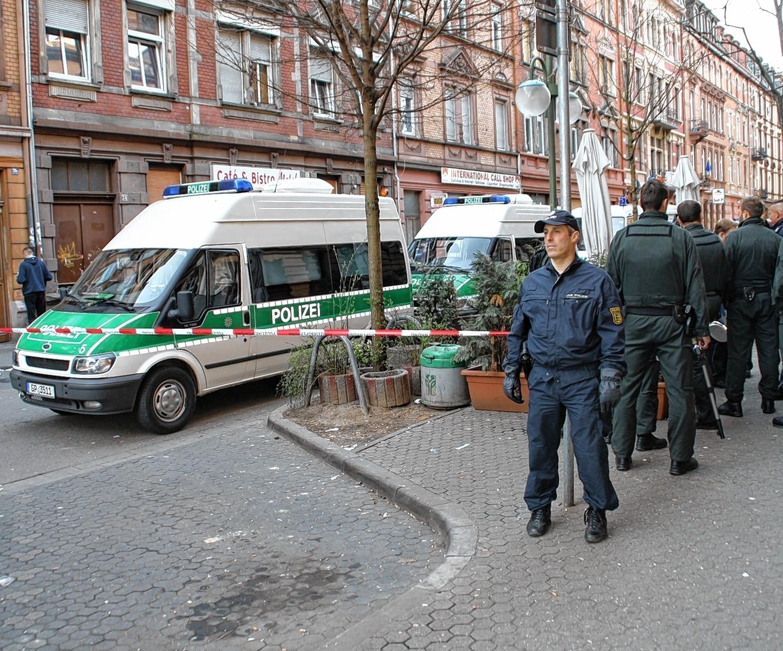 """Polizei sieht """"Grenze der Belastung"""" - Innenstadt ..."""