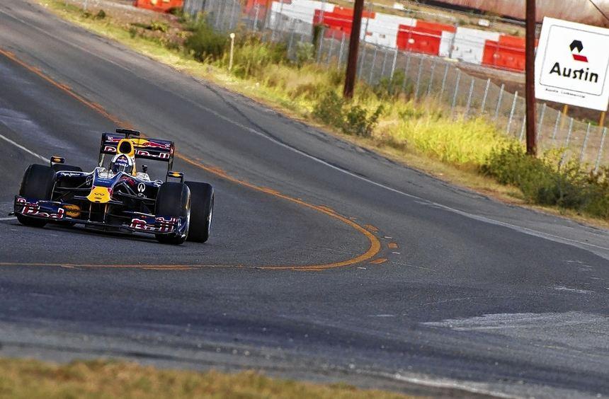 Red-Bull-Proberunden in Texas: Sebastian Vettel freut sich auf die Strecke in Austin mit ihren ...