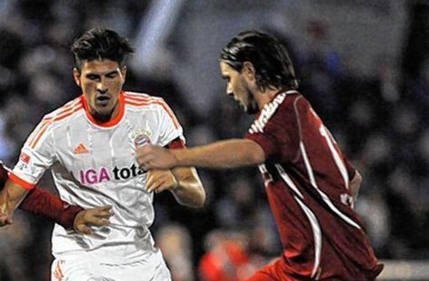 Mario Gomez (links) ist von seinen Fähigkeiten überzeugt.