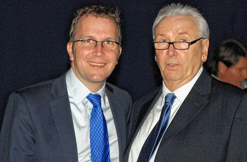 Der alte und der neue Chef: Vor ziemlich genau einem Jahr löste Jochen Färber seinen Vorgänger Karl ...