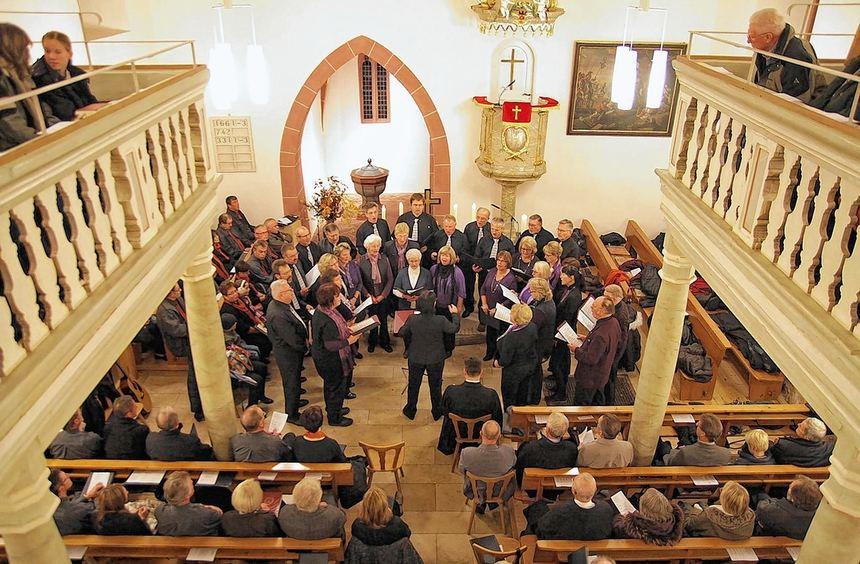 Nach rund einjähriger Sanierungsphase kann die Kirche in Kembach nun wieder von der Gemeinde ...