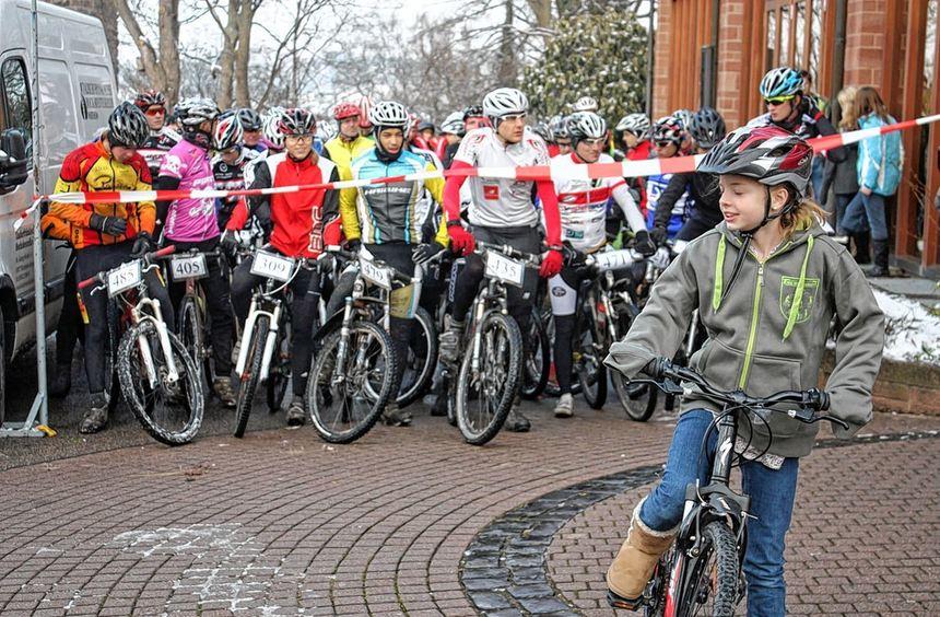"Zum neunten Mal findet am Sonntag, 2. Dezember, das ""Külsheimer Weißwurst Mountainbike-Rennen"" ..."