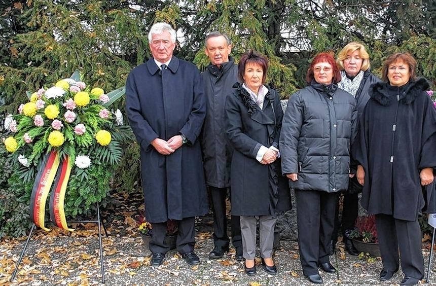 Von links: Alfons Haag, Herbert Röchner, Bärbel Schader, Annegret Vettel, Ingrid Rathgaber und ...