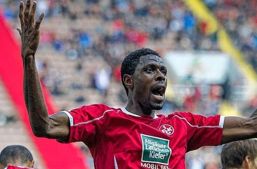 Ein besonderer Spielertyp: Mohamadou Idrissou