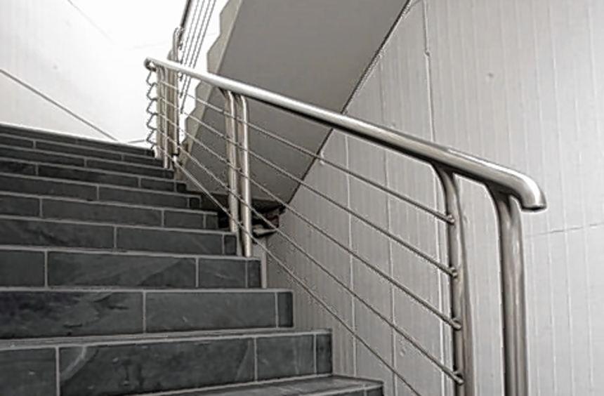 Um diese Treppe im Rathaus dreht sich der Streit.