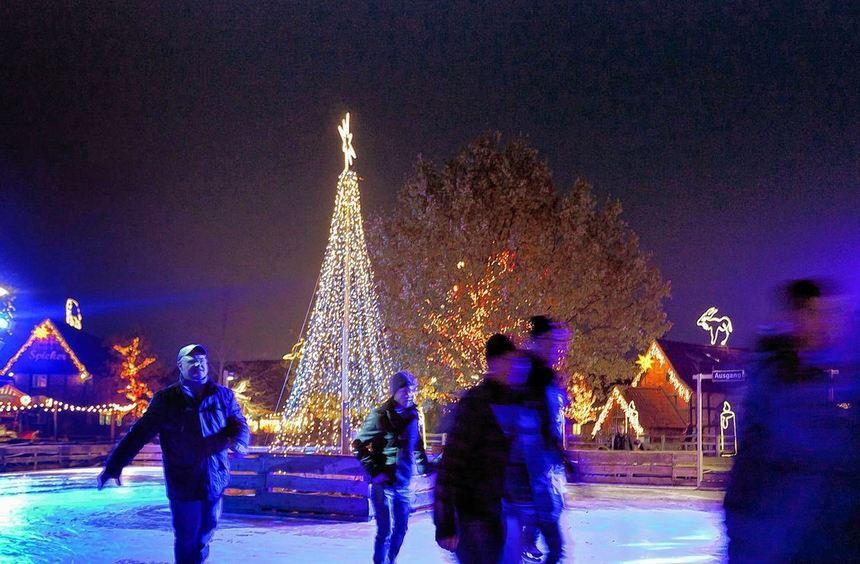 In der Vorweihnachtszeit lassen sich Innenstadt-Besucher gerne aufs Glatteis führen. Dieses Jahr ...