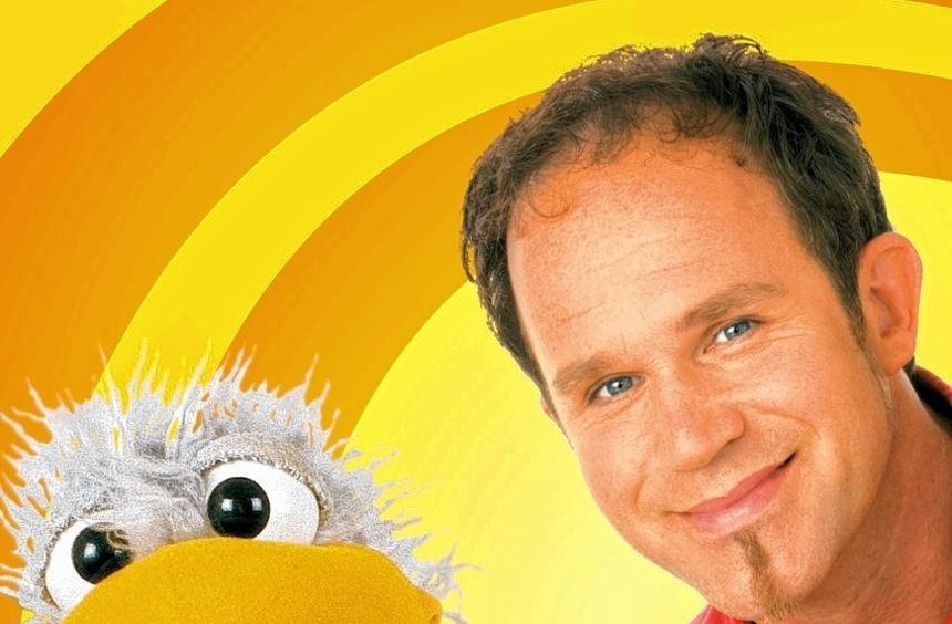 Daniel Kallauch und Handpuppen-Spaßvogel Willibald wollen ihr Publikum zum Lachen und Nachdenken ...