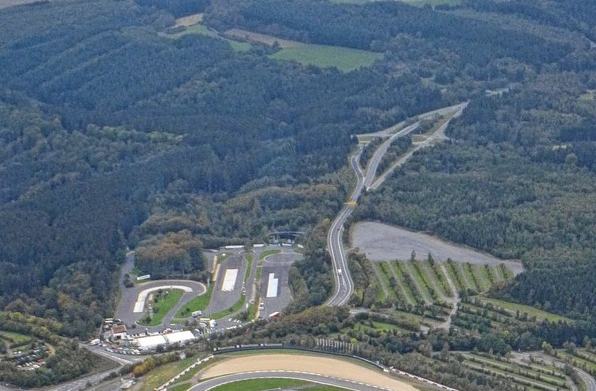 Die Formel 1 fährt zumindest in diesem Jahr auf dem Nürburgring - die langfristige Zukunft der ...