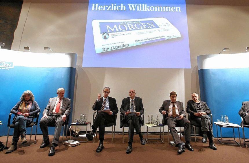 Gabriele Baier, Johannes Walter, die Moderatoren Thorsten Langscheid und Stephan Wolf, Lothar ...