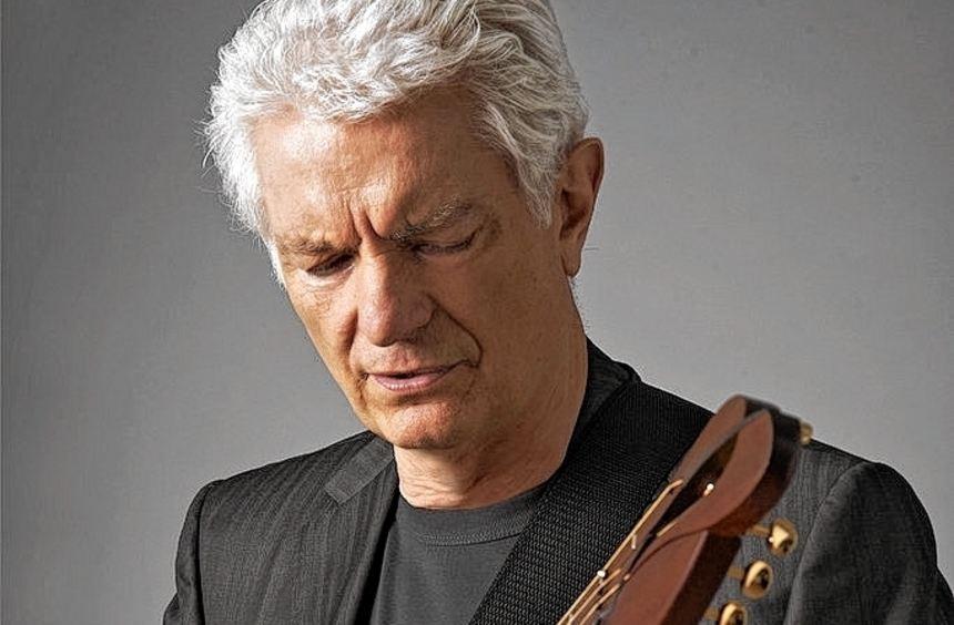 Virtuoser Gitarrist, sensibler Poet: Peter Horton.