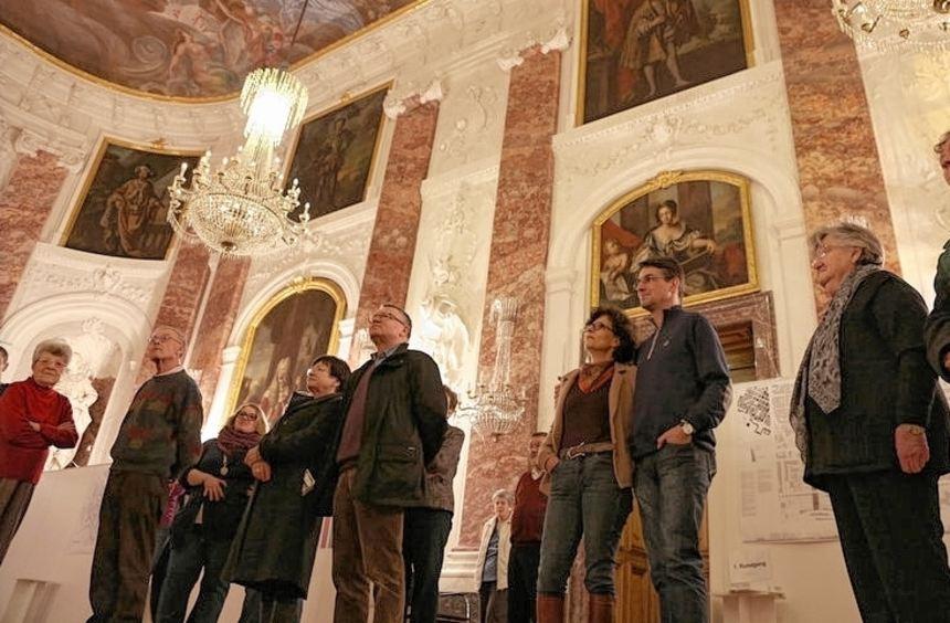 Die Besucher können zwischen Veranstaltungen, die tagsüber stattfinden, und nächtlichen Führungen ...