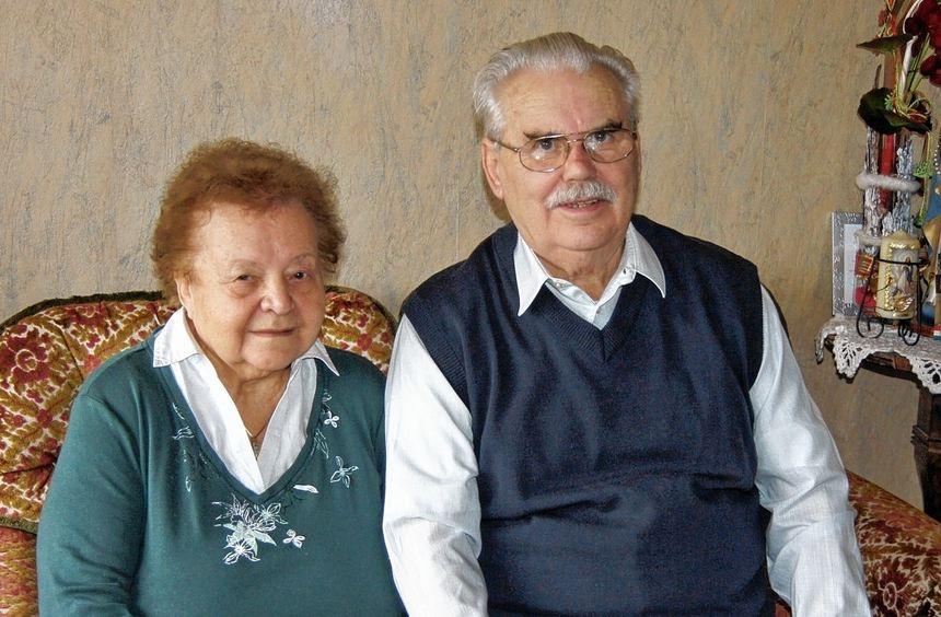 Paul und Stefanie Kordelyos, geborene Angerer, feiern am heutigen Donnerstag das Fest der ...