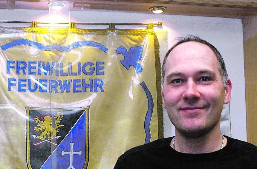 """Ralf Pfeifer ist der neue Kommandant der Freiwilligen Feuerwehr in Altenbach. Gegen-über dem """"MM"""" ..."""