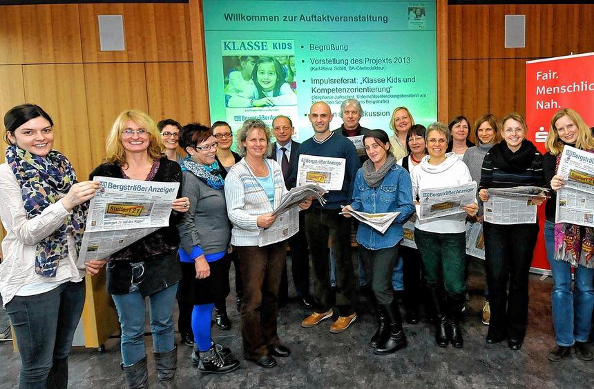 Zeitunglesen als Schulfach: In der Sparkasse Bensheim fand für die teilnehmenden Pädagogen die ...