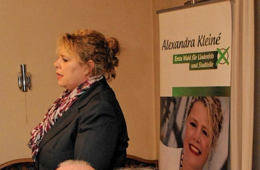 Bürgermeisterkandidatin Alexandra Kleiné und Landtagsabgeordneter Peter Stephan (vorne) waren die ...