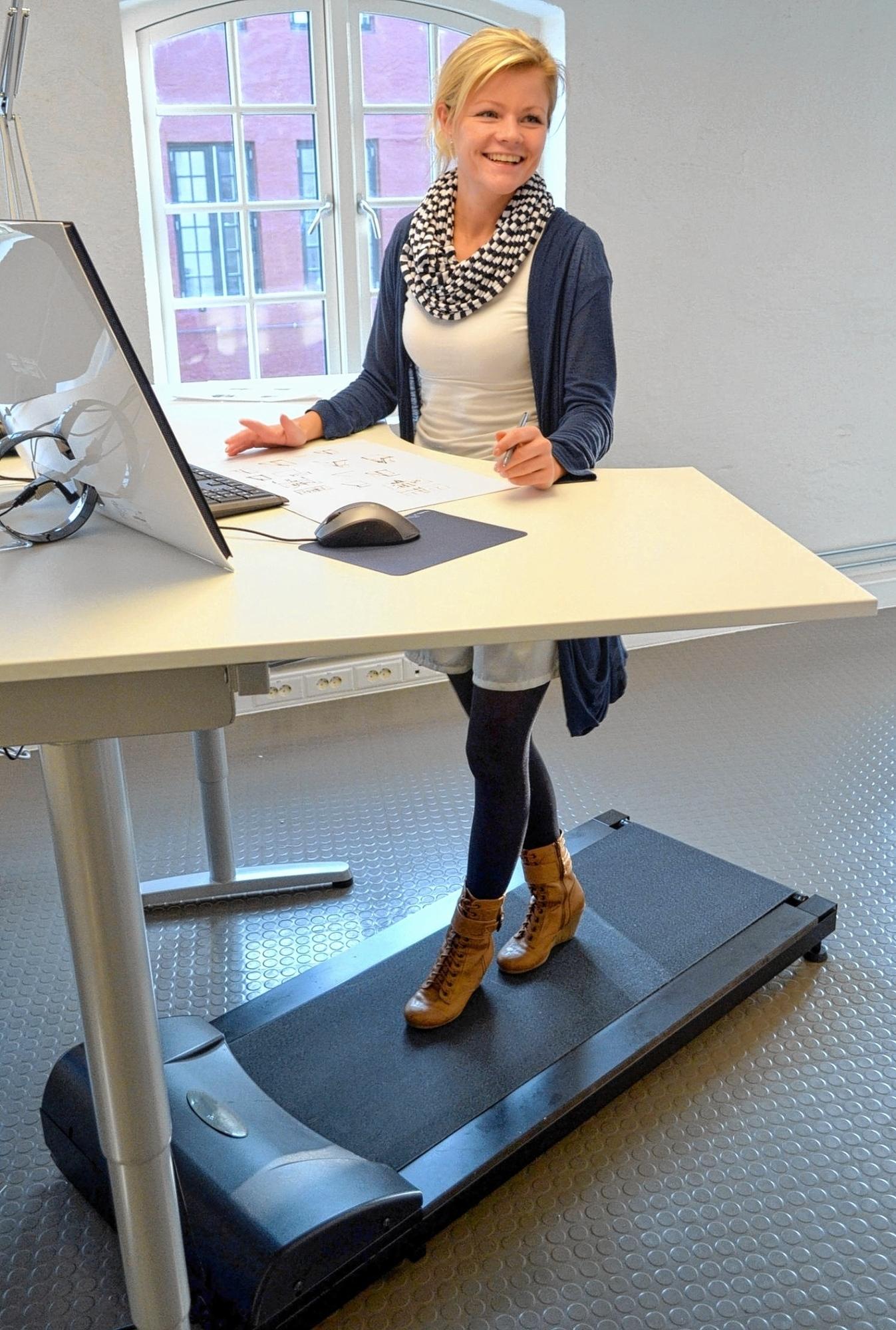 Im trott der tretm hle lifestyle freizeit morgenweb for Schreibtisch laufband