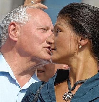 Bildergebnis für Wagenknecht und Lafontaine küssen