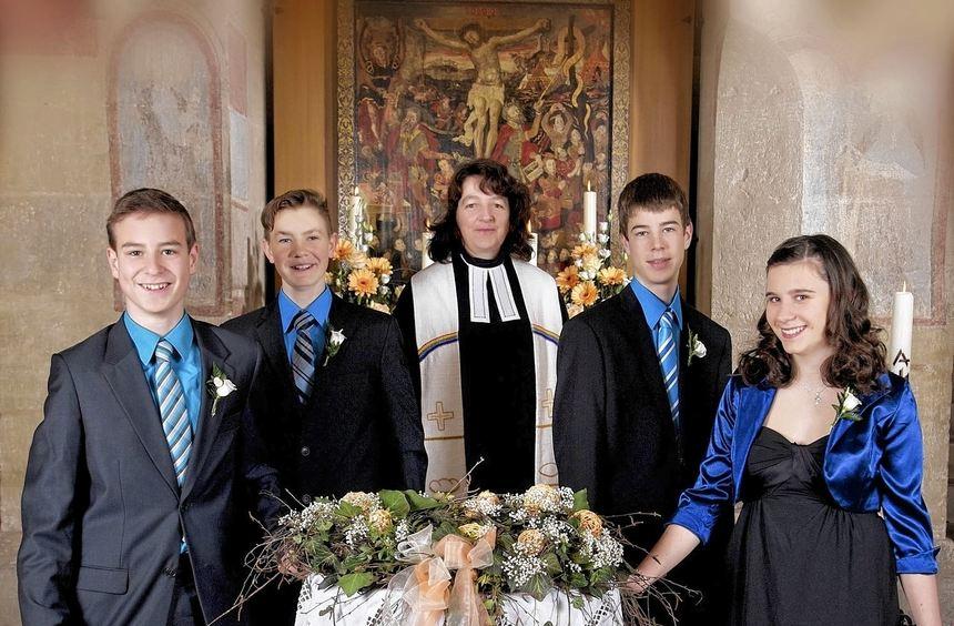 In einem festlichen Gottesdienst in der Klosterkirche St. Marien Frauental wurden vier junge ...