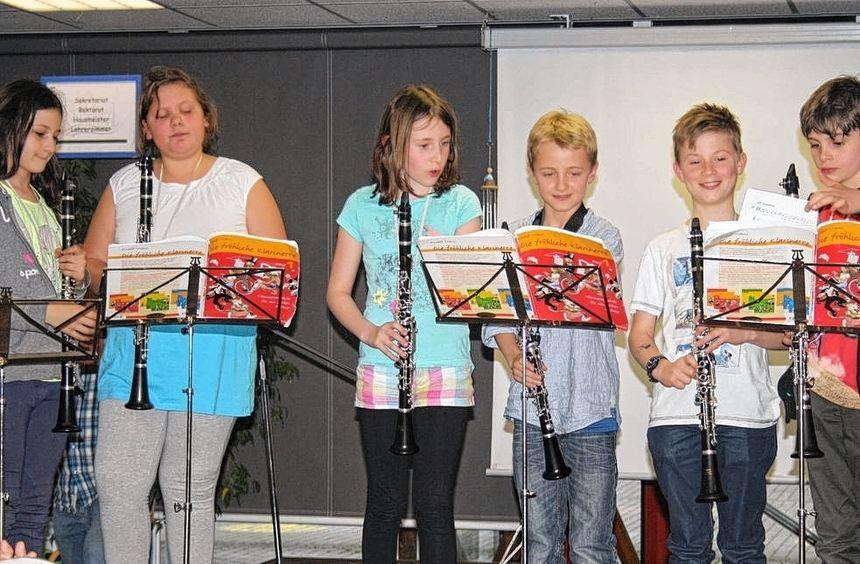 Ein freudiges Ereignis in der Oberndorff-Schule: Impressionen von der Einweihung des neugestalteten ...