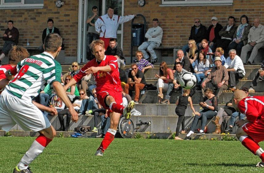 Der TSV Tauberbischofsheim musste gestern beim FC Külsheim eine 0:1-Niederlage hinnehmen und bleibt ...