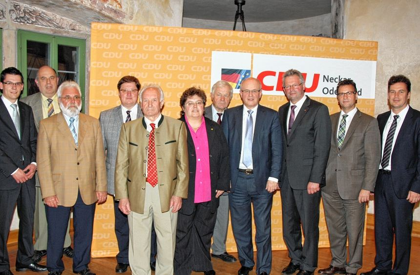 Der Vorsitzende der CDU/CSU Volker Kauder war beim Jahresempfang der CDU Baulandgemeinden zu Gast ...