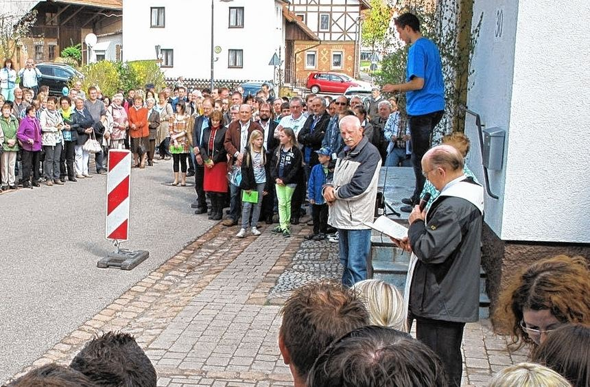 Am Sonntag wurde das Milchhäusle in Donebach nach seiner Renovierung feierlich eingeweiht.
