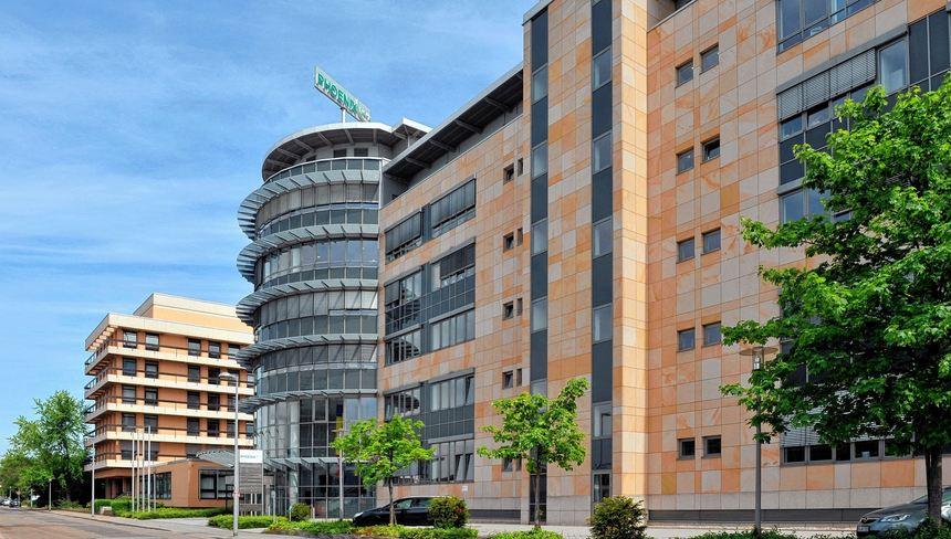 6cb1c29bc8e6a3 Hier wird demnächst kräftig gespart  Die Phoenix-Zentrale in Mannheim.