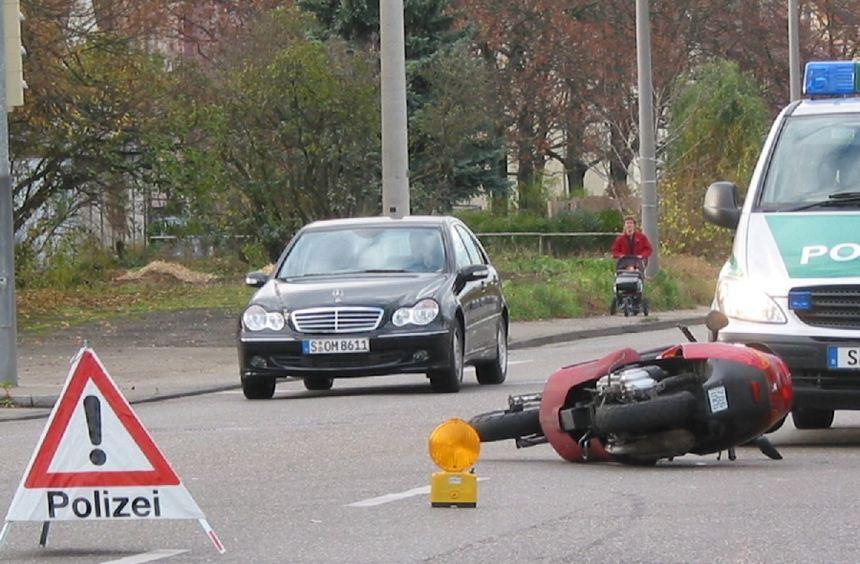 Verkehrsunfälle verursachen hohe Kosten