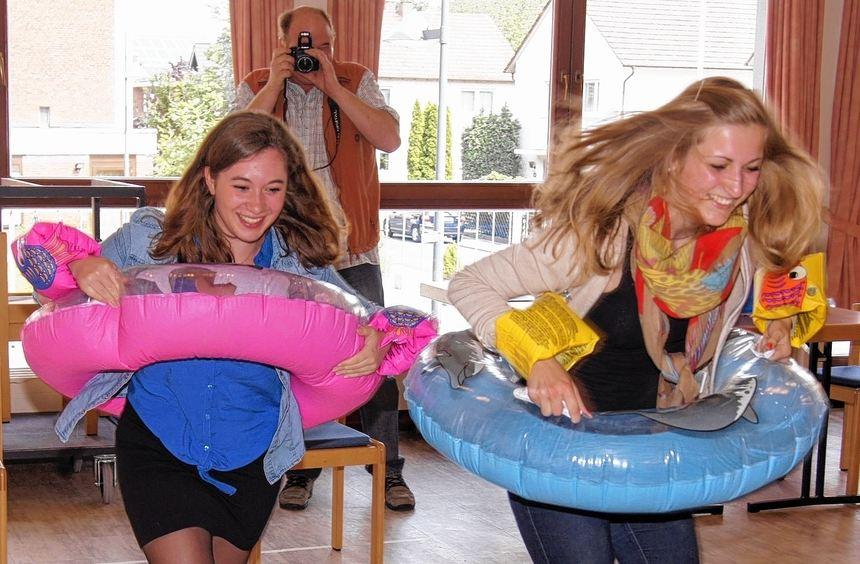Ein ungewöhnliches Wettrennen steht beim Kinderluthertag zum Thema Wasser an. Das will auch Pfarrer ...