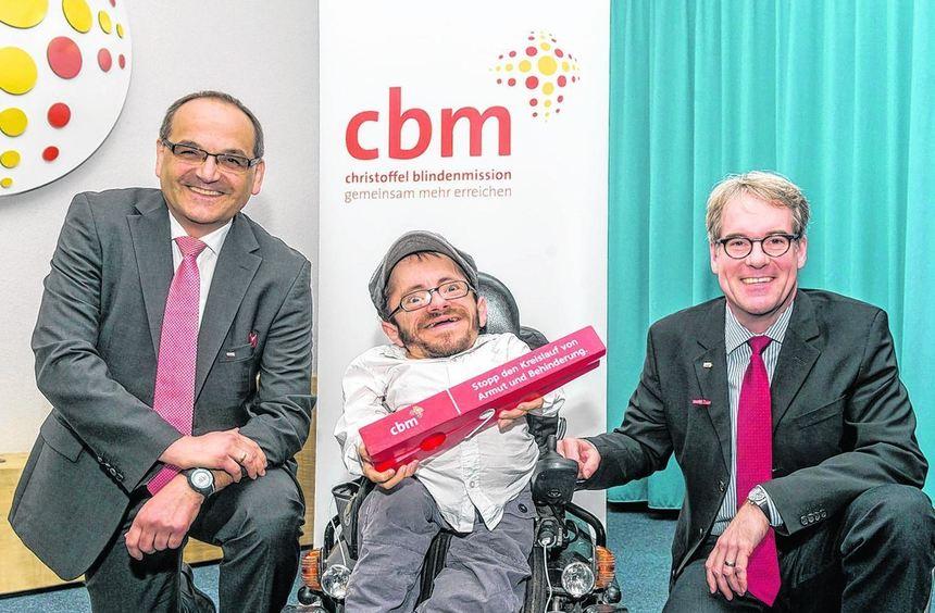 Gemeinsam gegen Ausgrenzung: Die CBM-Direktoren Dr. Peter Schießl (li.) und Dr. Rainer Brockhaus ...