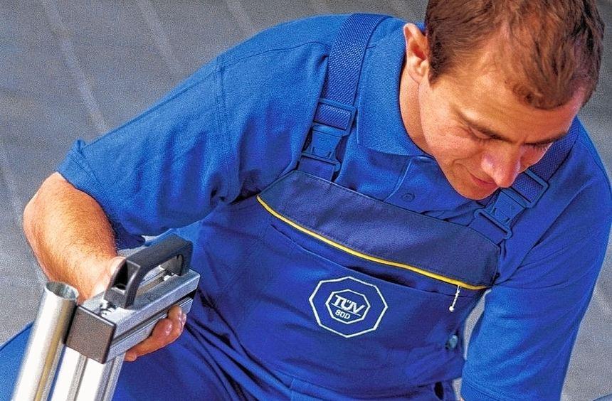 Um künftigen Anforderungen an die Abgasmessung zu genügen, müssen Werkstätten in neue Mess-Systeme ...