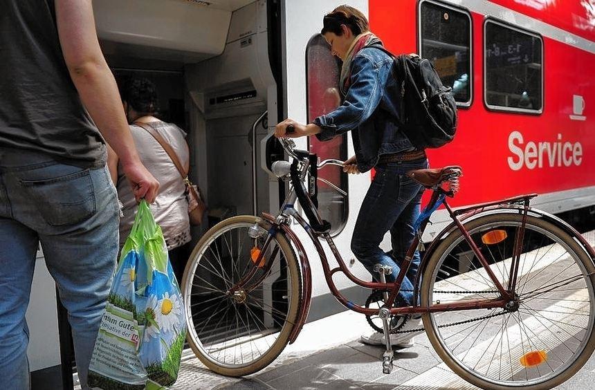 Nicht immer können Fahrräder im Zug mitgenommen werden.