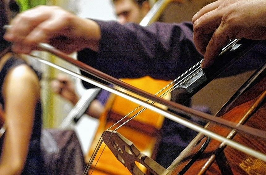 Die Instrumente, die heute noch für pralle musikalische Vielfalt in der Metropolregion sorgen, ...