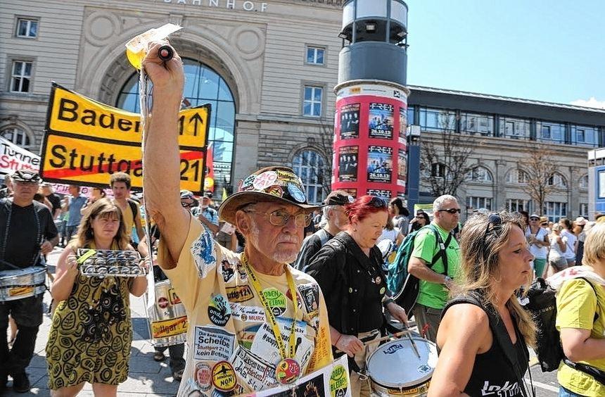 Bunt und laut protestiert: Stuttgart 21 mobilisiert immer noch die Gegner des Bahnhofs-Neubaus.