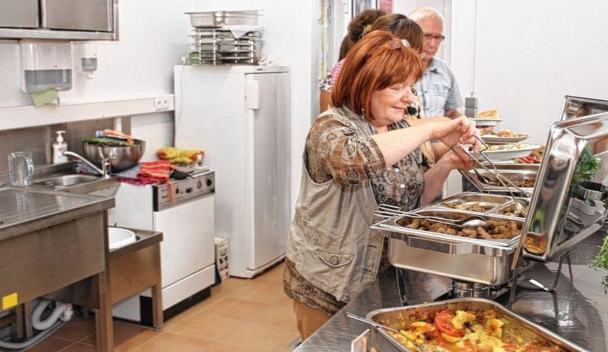 Hessen Sommerküche : Filminsel gäste weihen neue sommerküche ein südhessen morgen