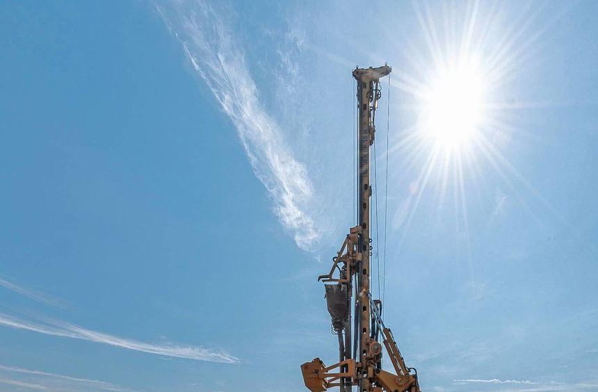 Baustelle Westtangente: 3500 Schottersäulen wurden in den vergangenen Wochen dort in den Boden ...