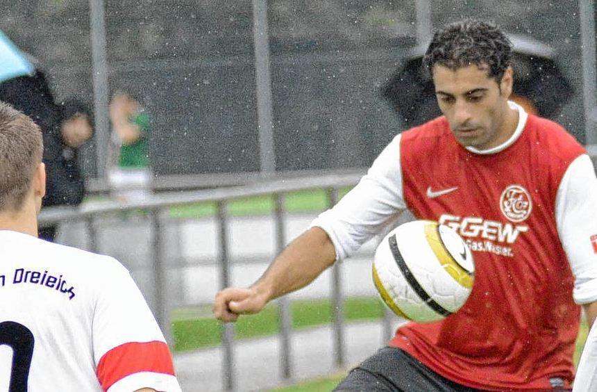 Angreifer Sinan Ceylan wird dem FC 07 Bensheim am Samstag im Gastspiel bei der SpVgg Oberrad aus ...