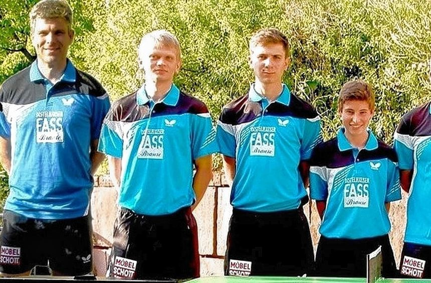 Die erste Tischtennismannschaft des SV Niklashausen (von links): Dariusz Szlubowski, Krzysztof ...